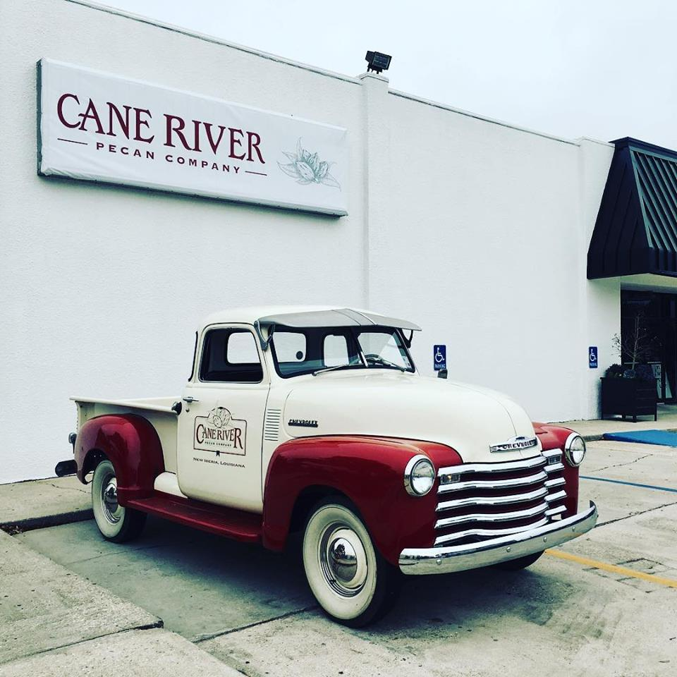 Cane River Pecan Company truck and store