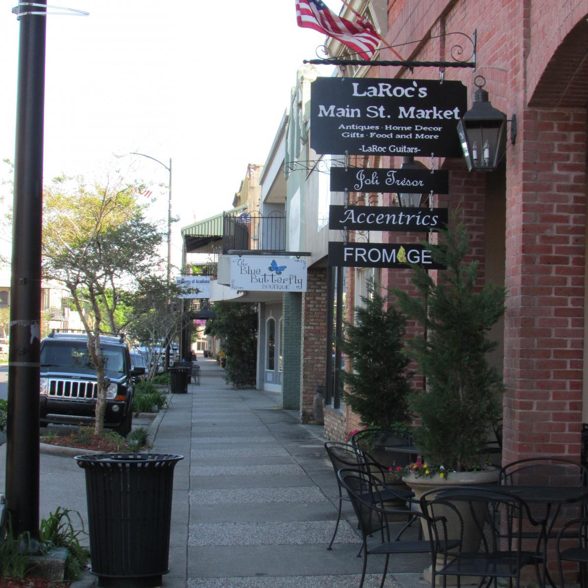 LaRoc's Main St. Antique Market and Fromage on Main Street New Iberia